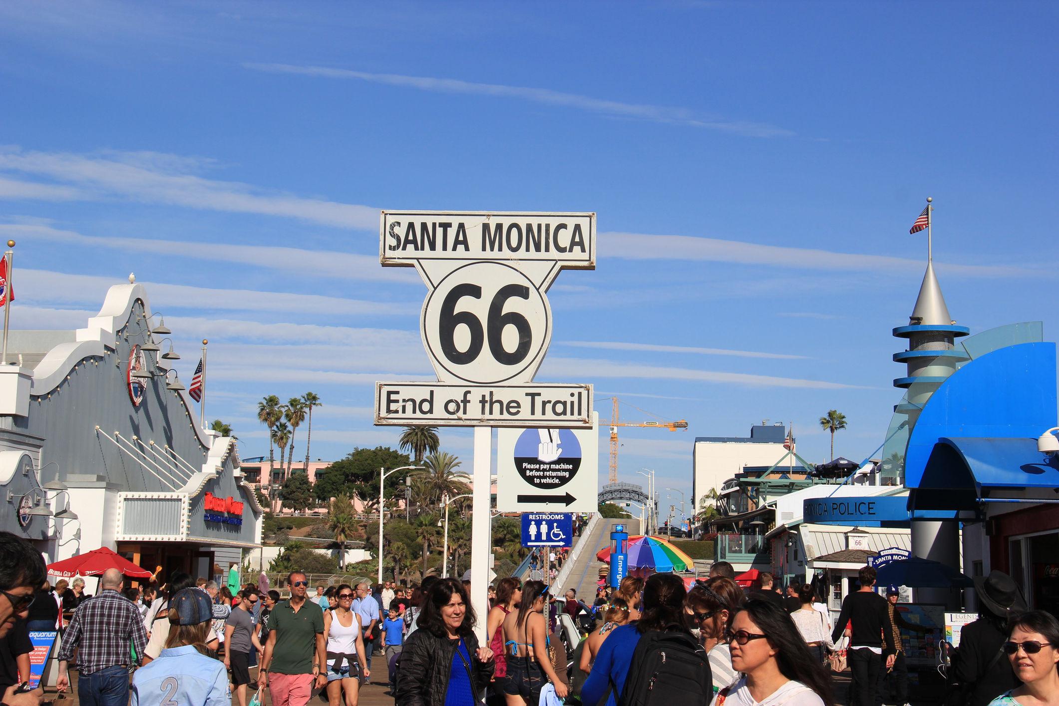 Santa Monica, Supannee Hickman | istockphoto.com/