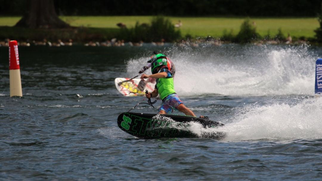 (Jet) La stagione del surf è qui/
