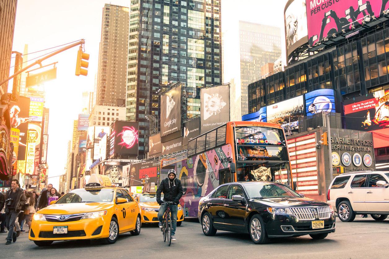 ViewApart, | istockphoto.com/