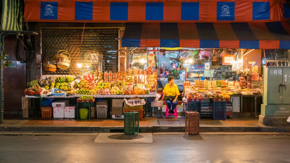 Chinatown, uliceYaowarat, Bangkok, Thajsko