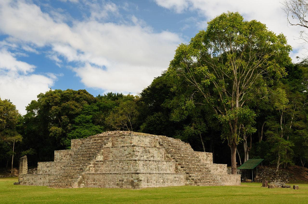 Pozůstatky Majské kultury staré přes 3000 tisíce let v Hondurasu.