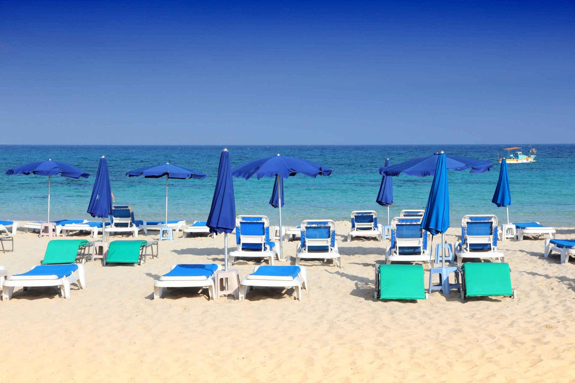 Dovolená u moře na podzim? Víme, kde budete mít pláže sami pro sebe/